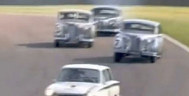 Jaguar MKVII racing